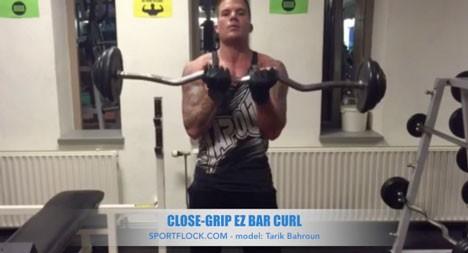 Close-Grip EZ Bar Curl